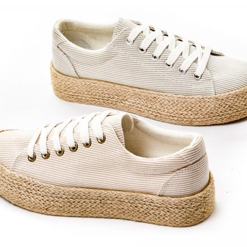 d92db68047 Παπούτσια